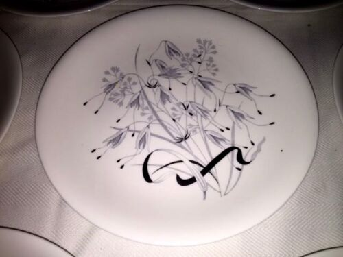"8 Wedgwood Wild Oats Platinum W4166 10 1/4"" Dinner Plates ~ Excellent"