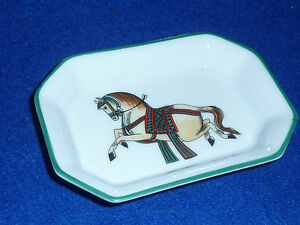 COUPELLE-cheval-en-PORCELAINE-de-LIMOGES-sophie-d-039-ELE-foecy-CLUB-CCF-horse-PFERD