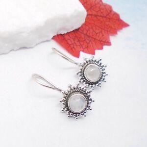 Mondstein-weiss-rund-Bluete-Blume-Design-Ohrringe-Ohrhaenger-925-Sterling-Silber
