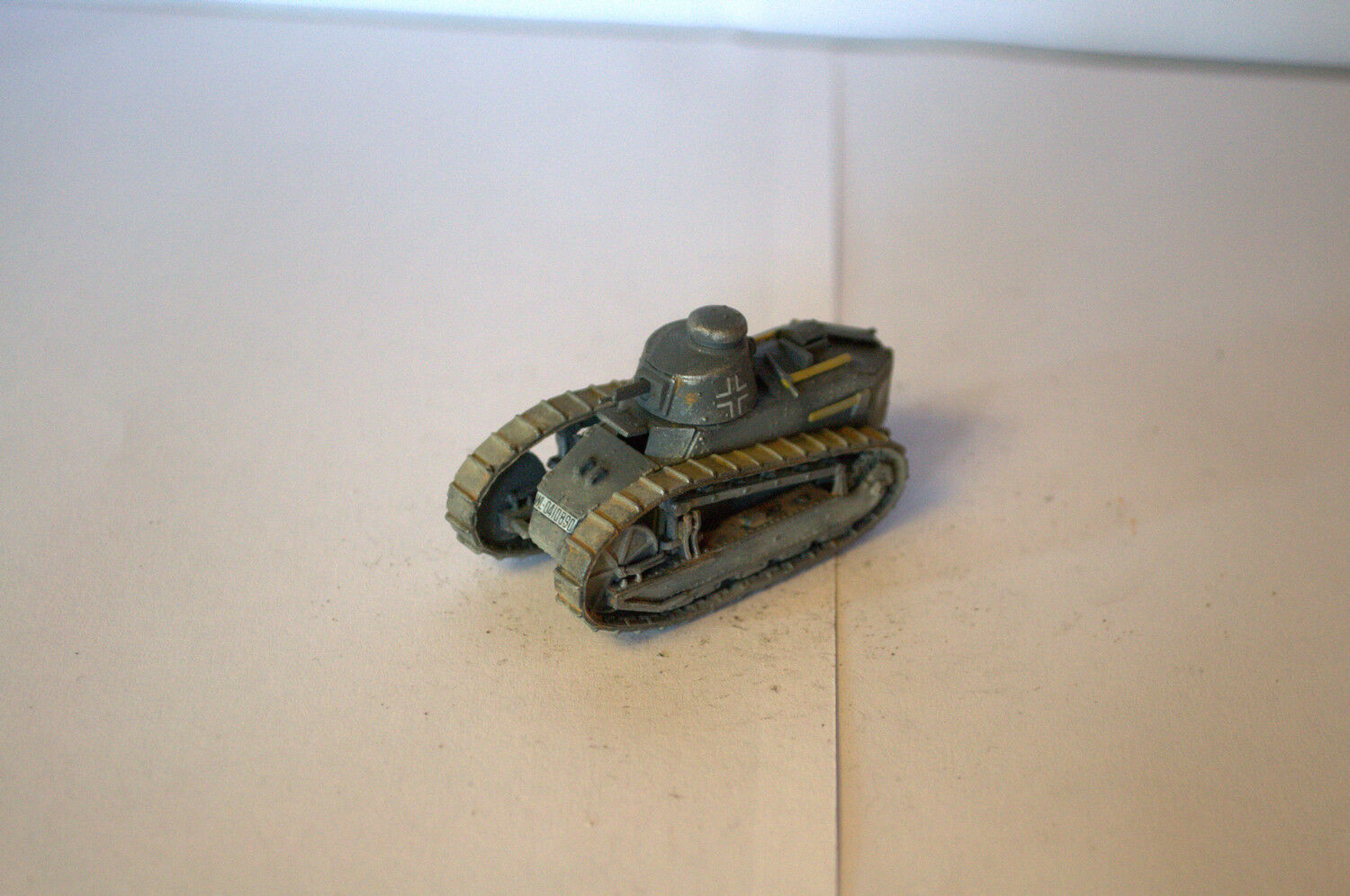 1 72 PROFESSIONAL BUILT MODEL WWII FRENCH TANK CHAR FT31