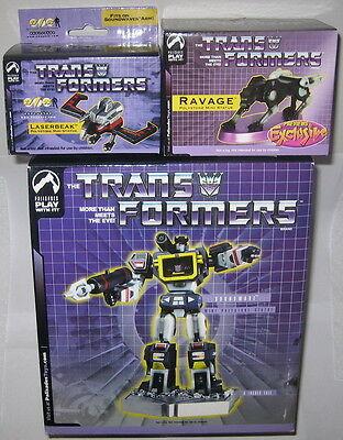 GRATUIT LIVRAISON RAPIDE. Transformers G1 réédition Bumblebee walmart exclusive en main