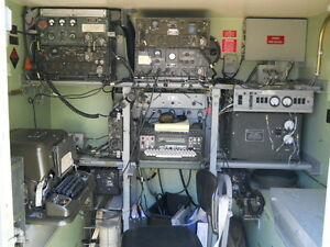 S-250-AN-GRC-142-Radio-Teletype-Shelter-Ratt-Rig-Complete-Working-Military-Radio