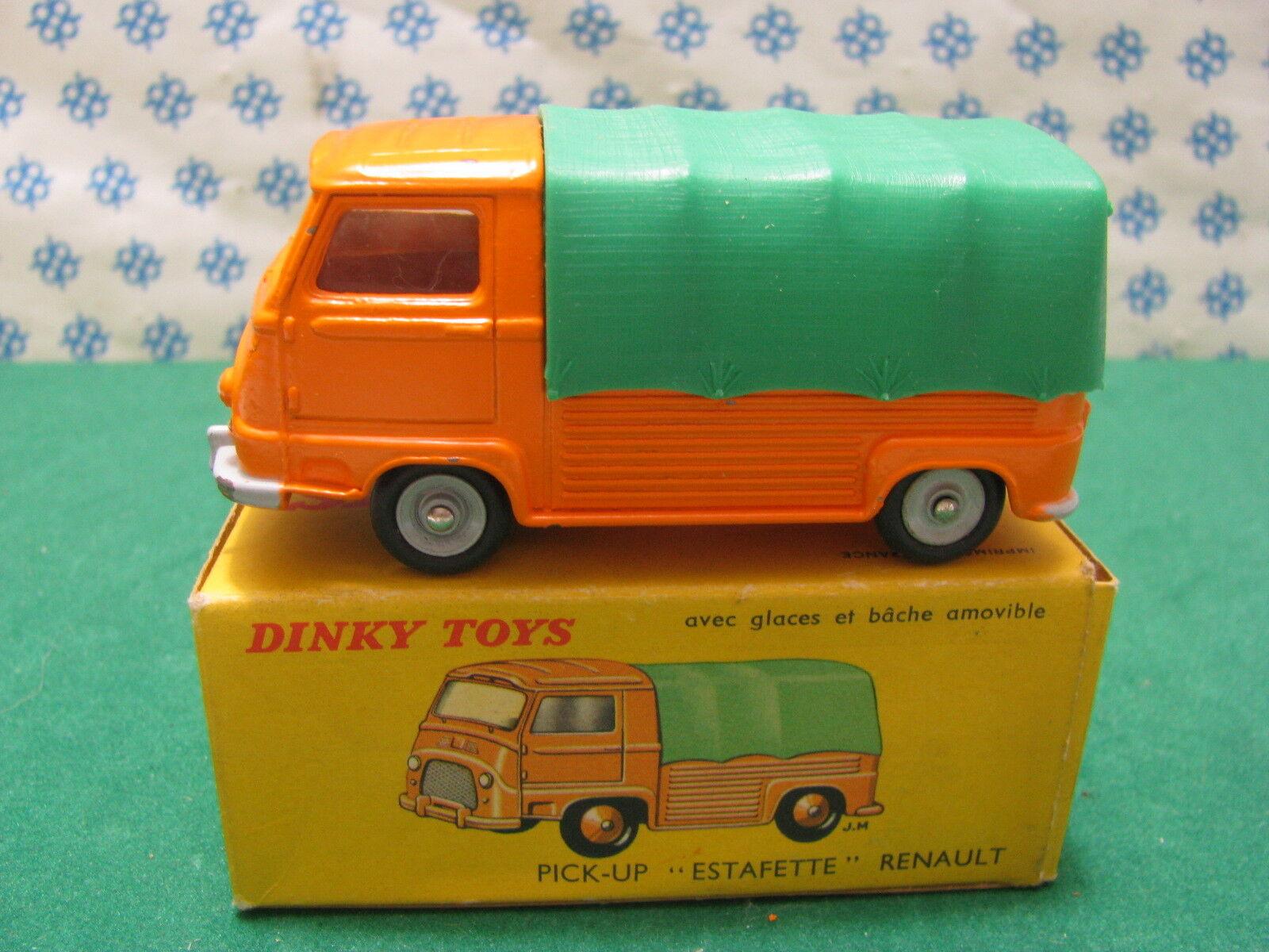 Célébrez Noël et bienvenue au Nouvel An Vintage RENAULT PICK-UP ESTAFETTE Dinky Toys 563 | Une Bonne Conservation De Chaleur
