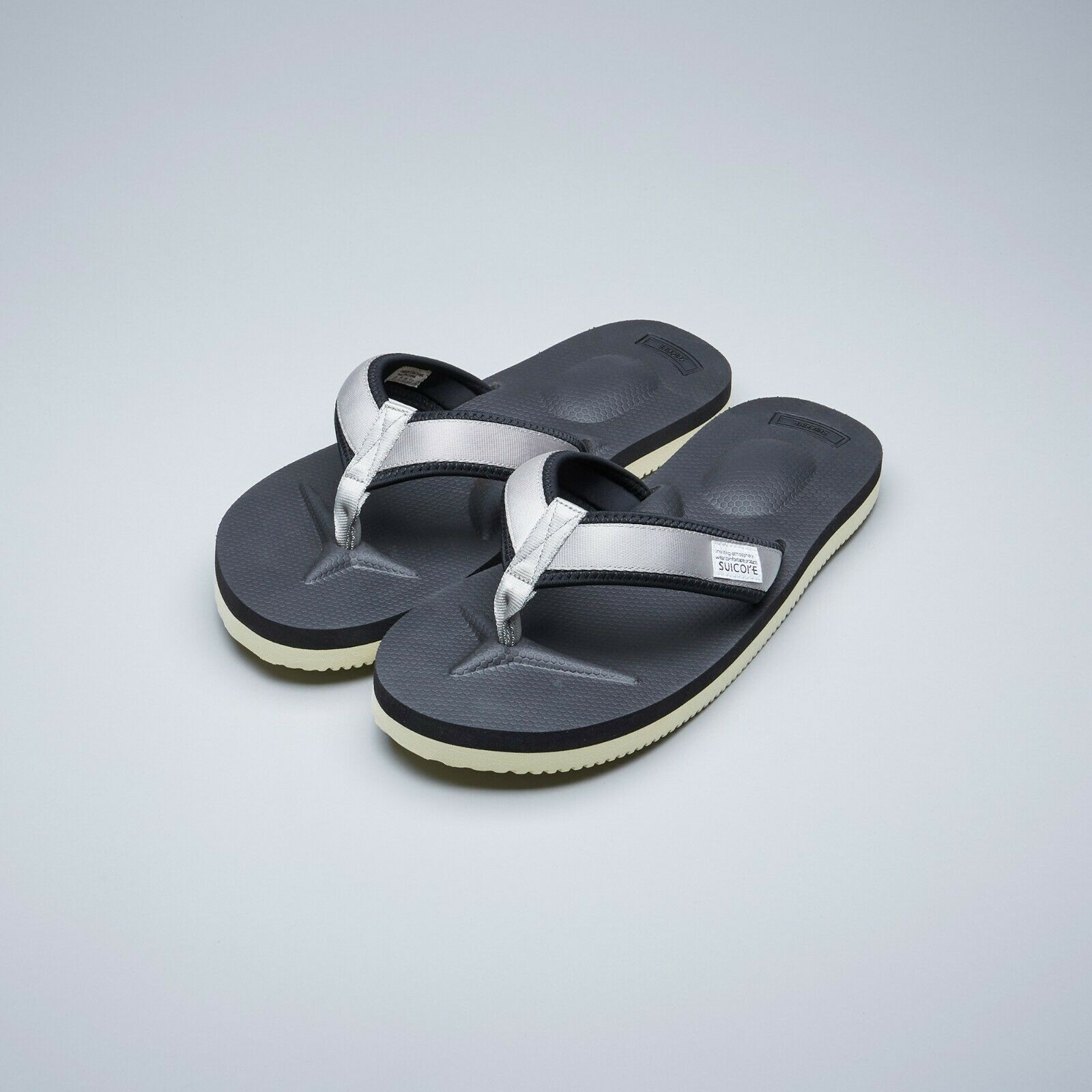 Suicoke OG-021V2   TONO-V2 gris Nylon Vibram Sole Slippers Sandals Slides