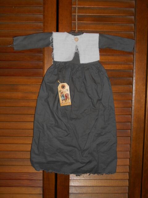 Prim WALL DRESS Primitive Decor GRAY PILGRIM DRESS Thanksgiving Grungy Cupboard