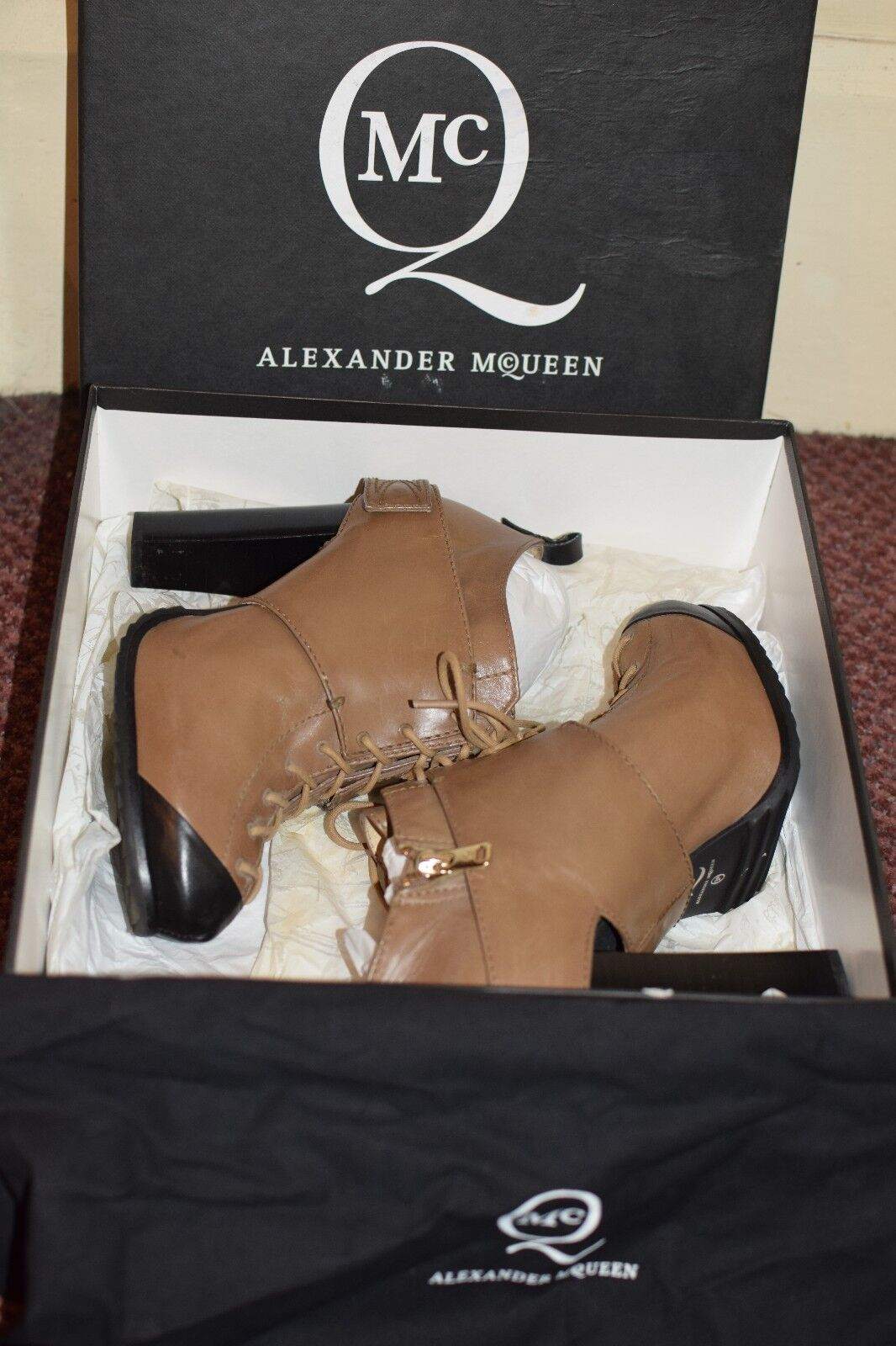 McQ McQ McQ Alexander McQueen lace up bootie ankle boot heels size 39 box + dustbag 24734c