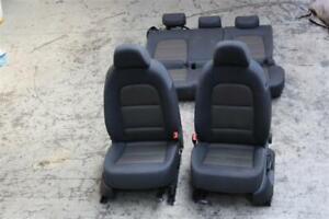 Audi-Q3-8U-Sitze-Sitzausstattung-Ausstattung-Sitzheizung-Stoff-8U0880241A-242A