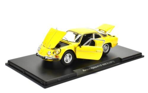 Renault Alpine A110 1600 S 1971 yellow diecast modelcar in Vitrine Leo 1:24