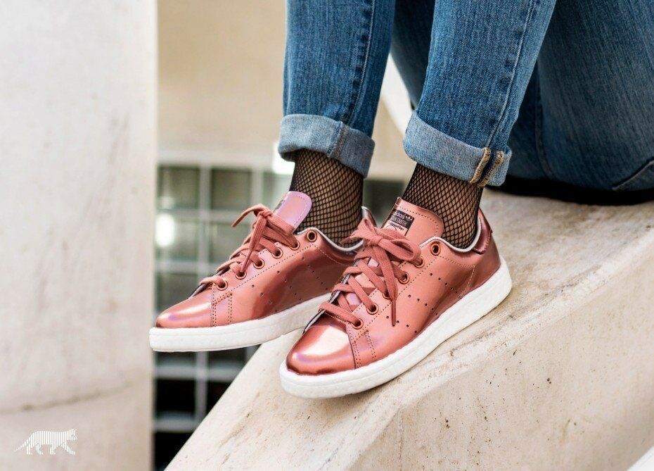ADIDAS STAN SMITH BOOST BB0107 BRONZE COPPER METALLIC WHITE WOMEN'S SHOES best-selling model of the brand