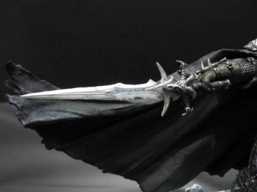 World of Warcraft WOW Deluxe Collector Figure The Lich King Arthas Menethil