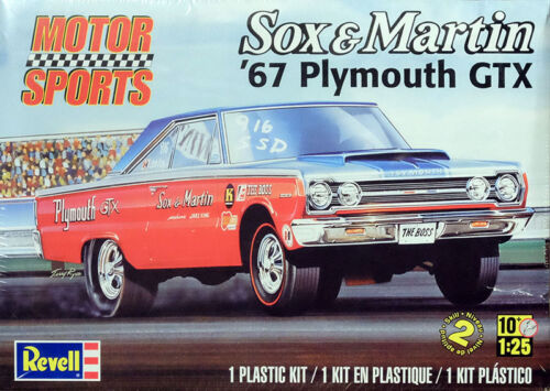 1967 Plymouth GTX Sox /& Martin 1:25 Model Kit Bausatz Revell 4916
