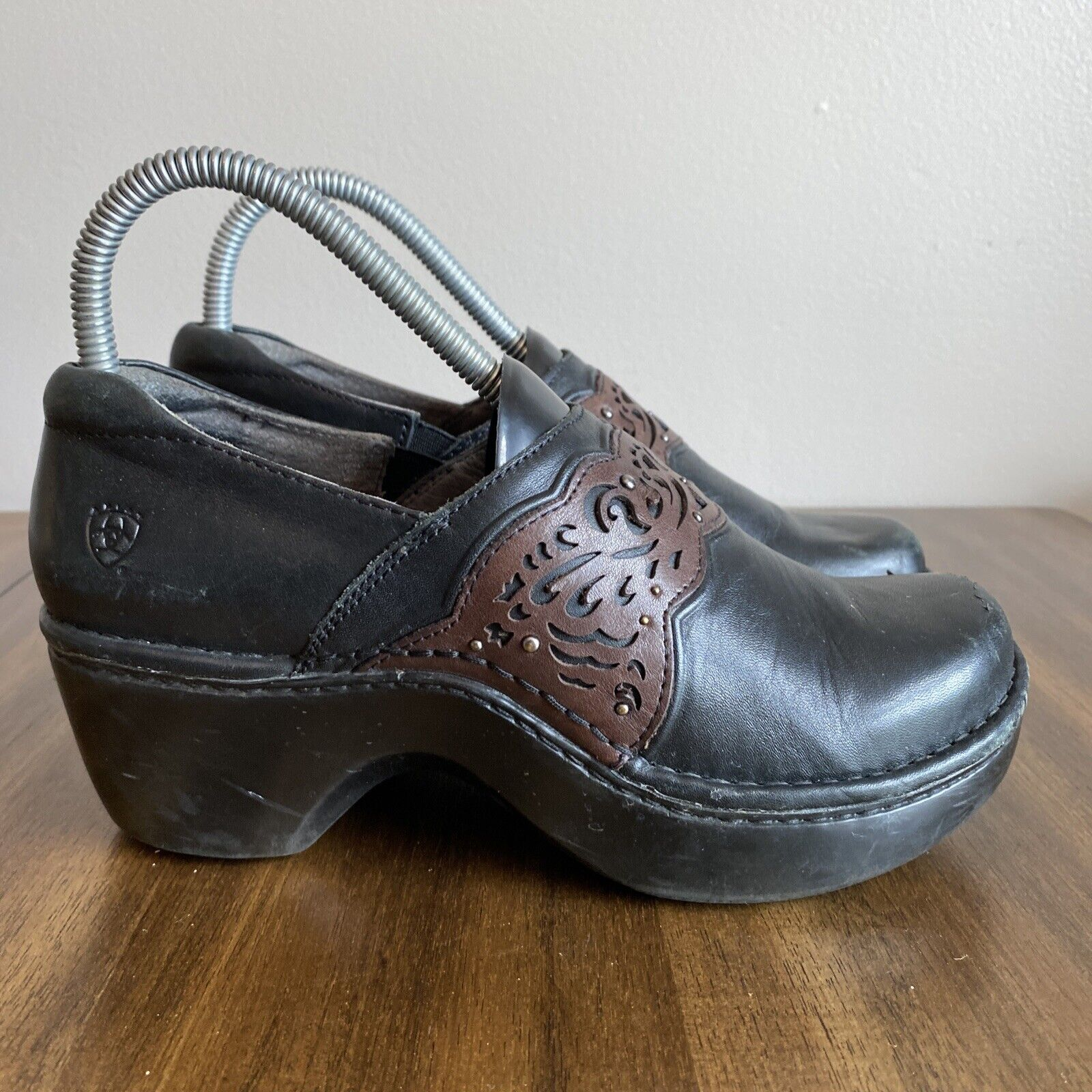 Ariat Tambour Clogs Womens Size 7B Black Brown Laser Cut Studded Accent Sku:114