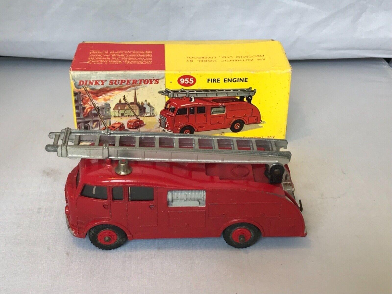 Vintage Dinky 955 SUPERTOYS  fire engine (COMMER) avec boîte d'origine  Rare   prix de gros