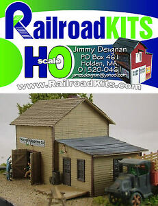 Roxbury-Roofing-HO-scale-Craftsman-Structure-by-Railroad-Kits-Easy-Fast-Fun