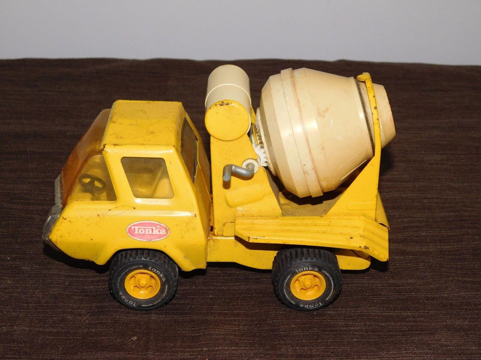 100% garantía genuina de contador Camión De Juguete De 8  largo Tonka Vintage Vintage Vintage Metal Amarillo camión Mezclador De Cemento  tienda de pescado para la venta