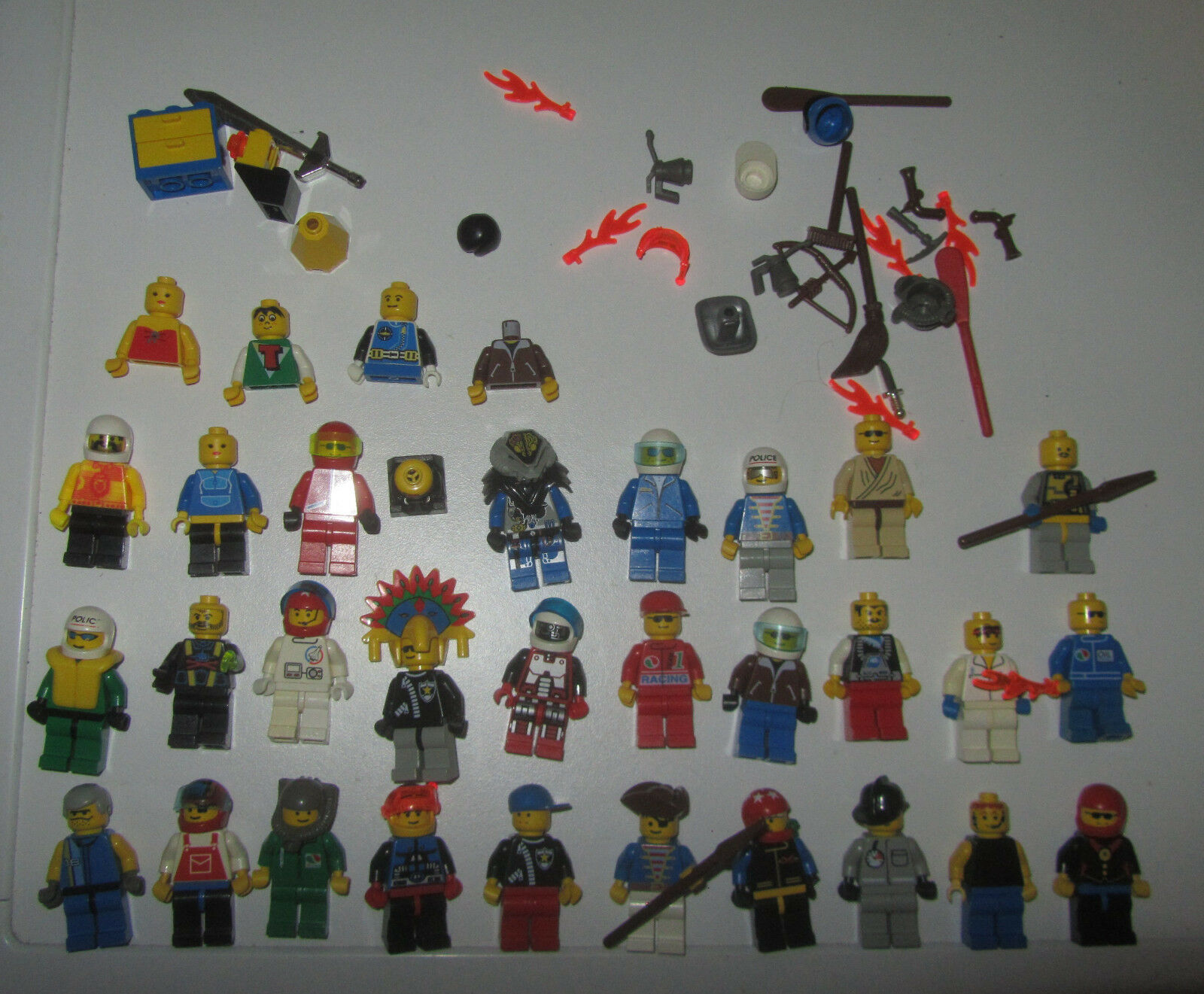 LEGO Lotto Minifig Mini Fig Figures e accessori vari SPESE GRATIS