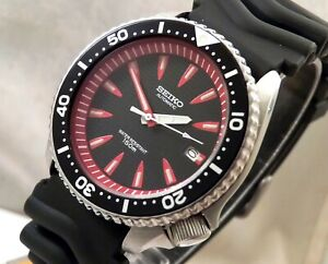 Seiko Black Red Vampire Fangs Wave Dial Automatic Divers Date Watch Custom 7002
