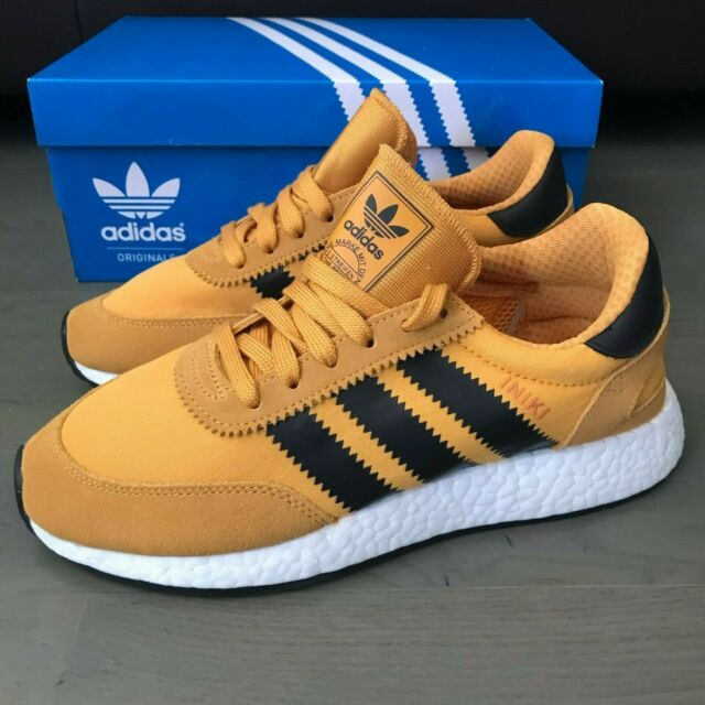 New Adidas Originals Iniki Runner Boost i 5923 Black Goldenrod BY9733 Men's