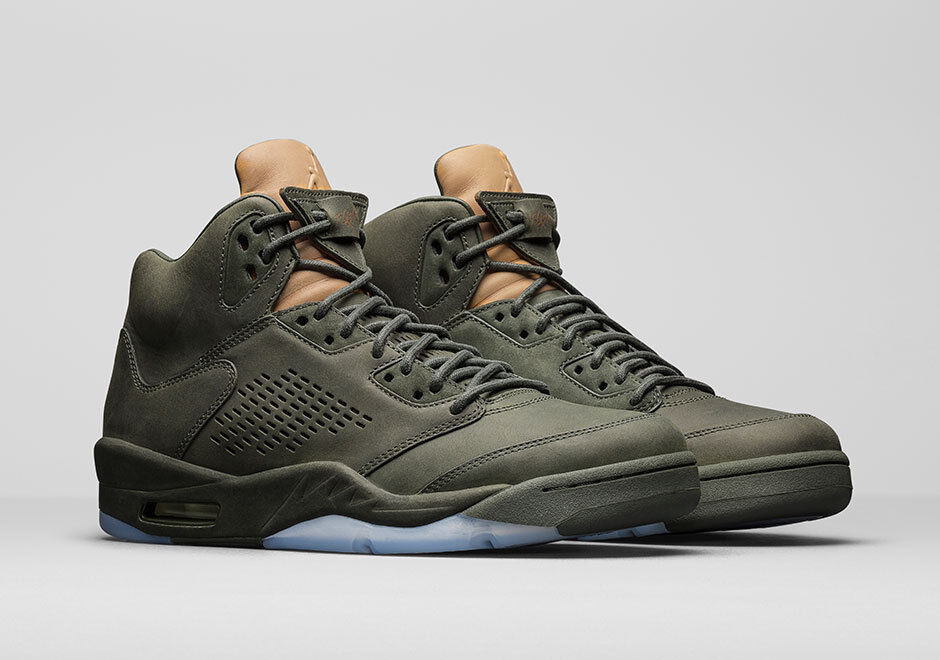 Nike Air Jordan V 5 Premium size 13.  Take Flight  881432-305. Olive Green. prm