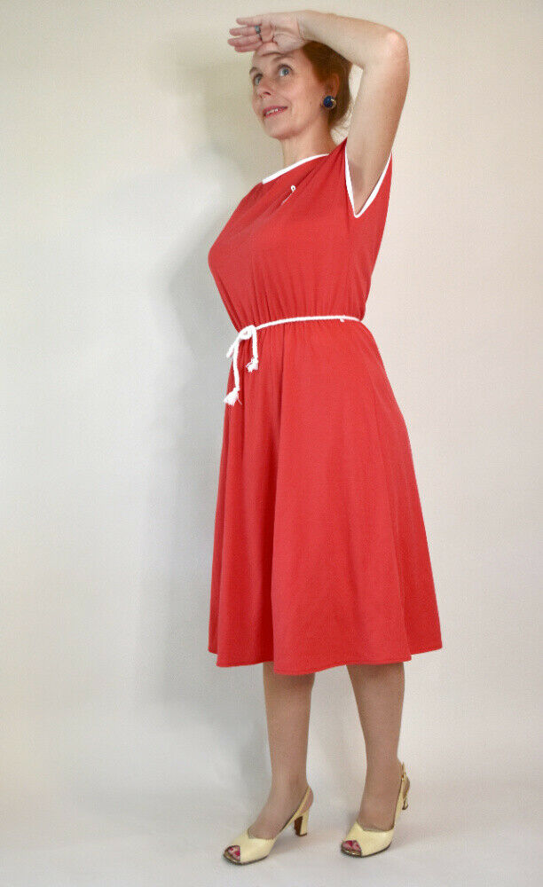 ~*DELIGHTFUL BRITISH MADE RED NAUTICAL THEME FIT & FLARE FROCK/DRESS by AMARI*~