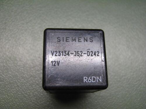 KFZ-relé v23134-j52-d242 12v siemens automotive Relay
