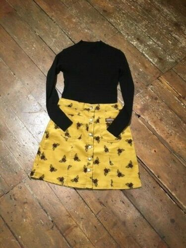 Run /& Fly cute cord button through 60/'s style aline skirt in mustard with bees