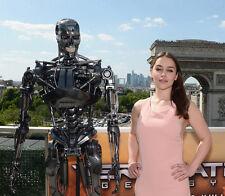 Emilia Clarke UNSIGNED photo - B1886 - Terminator Genisys
