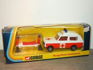 Range-Rover-Ambulance-Corgi-482-England-in-Box-34617