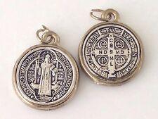Medalla  de san Benito proteccion para todo lo negativo Una Pulgadas