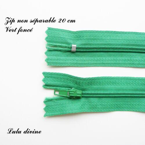 Couleur Vert foncé Zip// Fermeture éclair simple non séparable de 20 cm