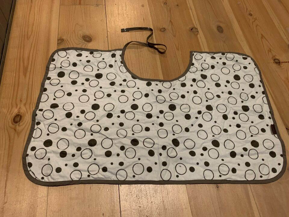Andet, Amme cover, Kushies