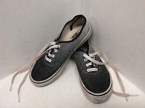 a4cb872601b2a7 Girls athletic shoes kids size 2.5 black white polkadot Vans Off the ...