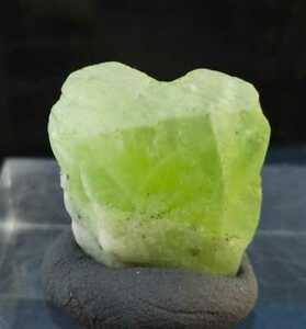 26.70ct Natural Large Healing Peridot Crystal Gem Grade Pakistan, US SELLER