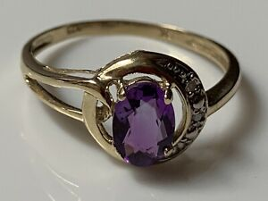 Lovely-Vintage-Solid-9ct-Yellow-Gold-Solitaire-Ring-Oval-Amethyst-Diamond
