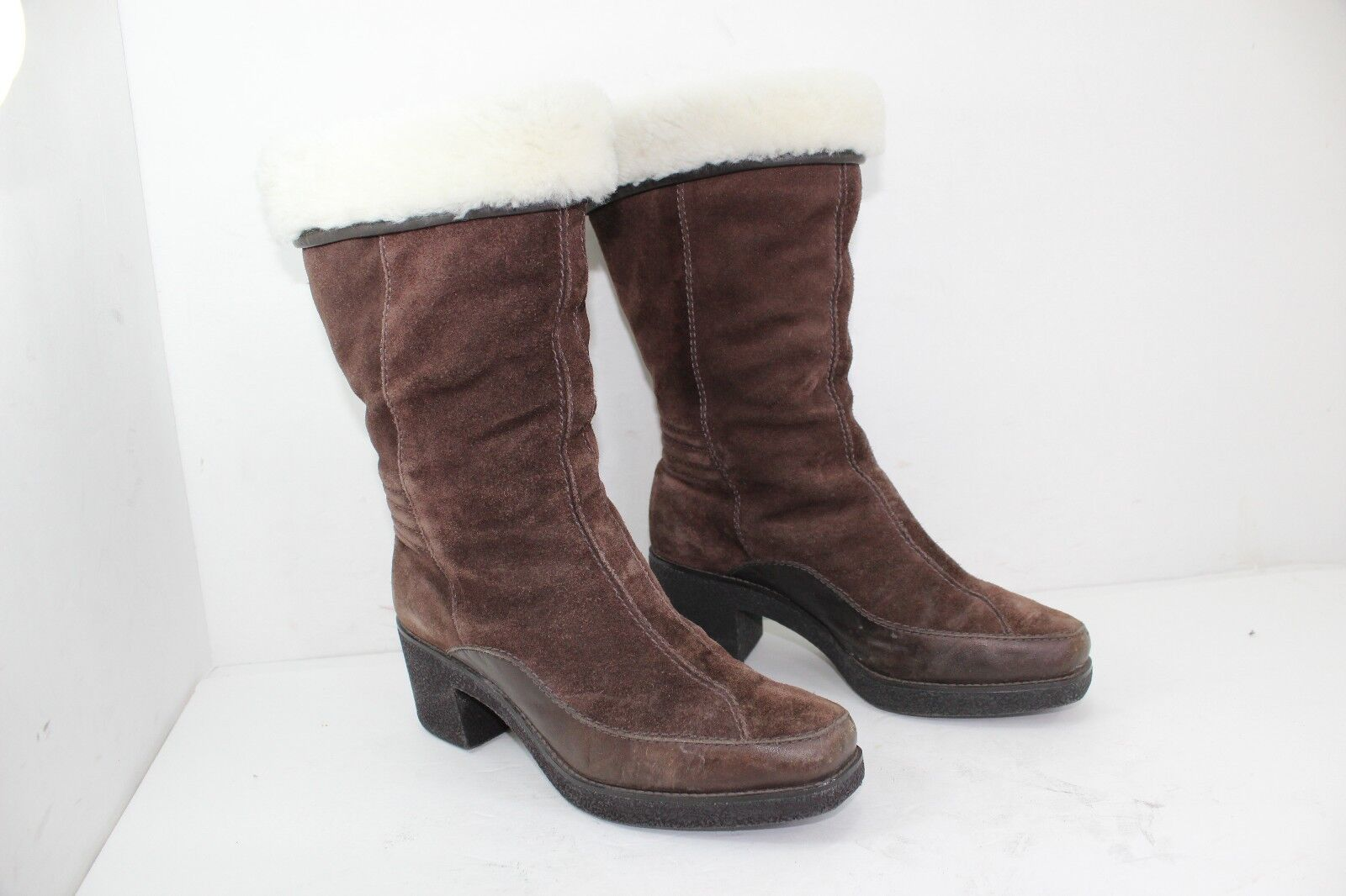 COLE HAAN FUR BOOTS SIZE 6 B BROWNS IN GREAT CONDITION