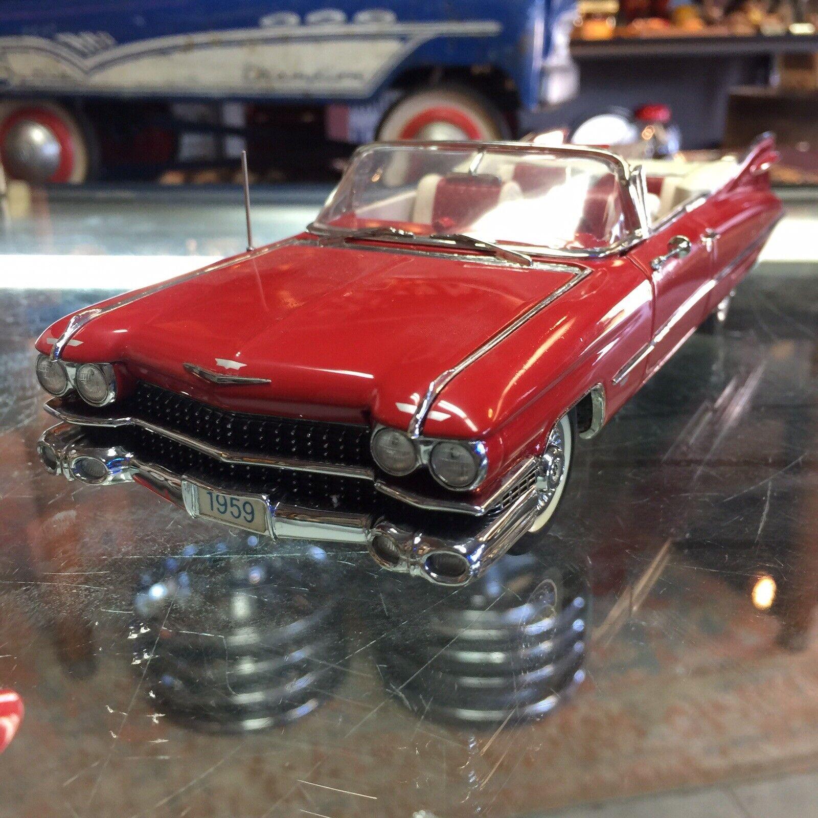 Danbury Mint Die Cast 1959 Cadillac serier 62 Kongrönible med Box Colleptible