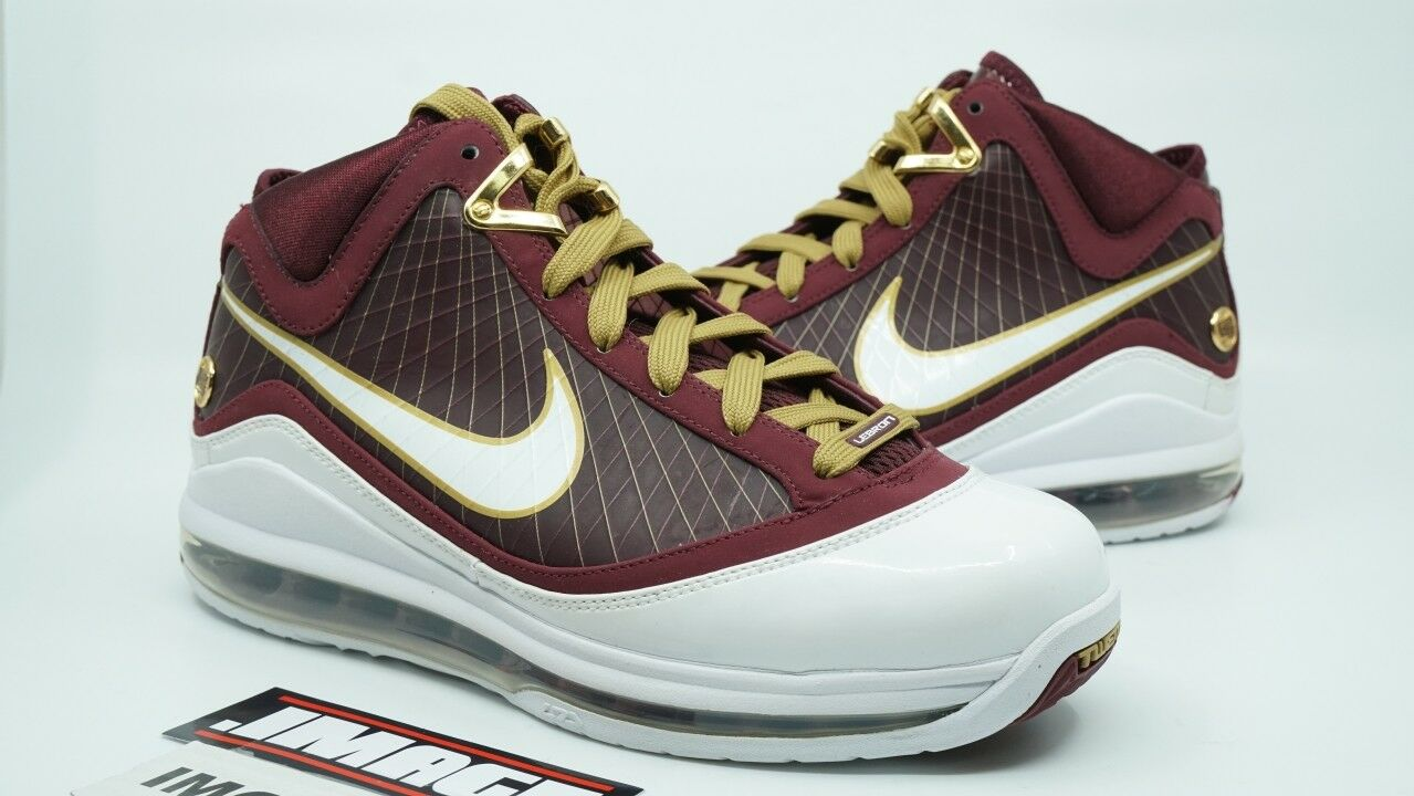 NIKE LEBRON 7 NEW SIZE 7 CTK CHRIST THE KING SAMPLE WHITE MAROON gold 176839