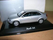 Minichamps Audi A4 Limousine 8E, silber silver 1:43