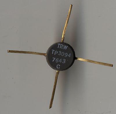 4 PIECES UNBRANDED 2N696 VINTAGE POWER TRANSISTOR OLD GOLD