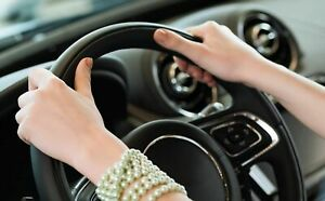 hands on a steering wheel test driving | kijiji Autos