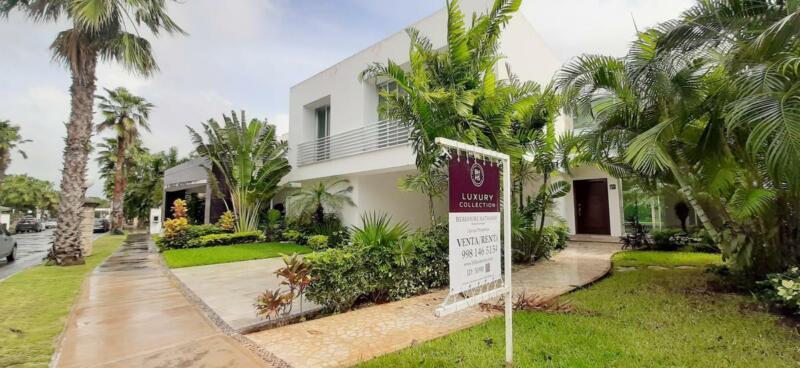 Casa Venta / Renta en Residencial Villa Magna