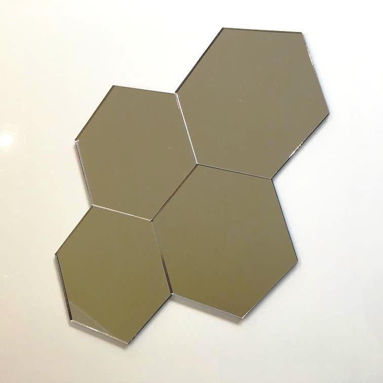 Hexagonal Acrylic Wall Tiles - MirrGoldt