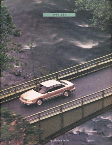 1995 Olds Oldsmobile LSS Deluxe Sales Brochure Book