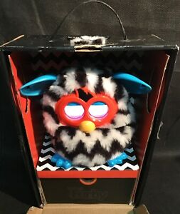 FURBY-2013-HASBRO-A6418-interactieve-toy-In-Original-box-TESTED-amp-WORKING