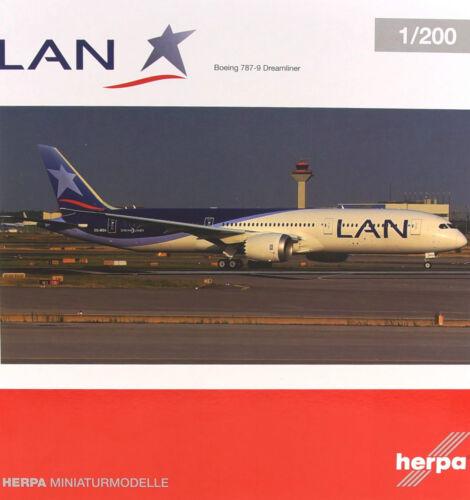 LAN Airlines Boeing 787-9 Dreamliner OVP Herpa 1:200-557405 NEU