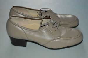 bfbcb7c46ec6 Image is loading Clinic-Coquette-Taupe-Tie-Heeled-Oxford-Shoe-6-