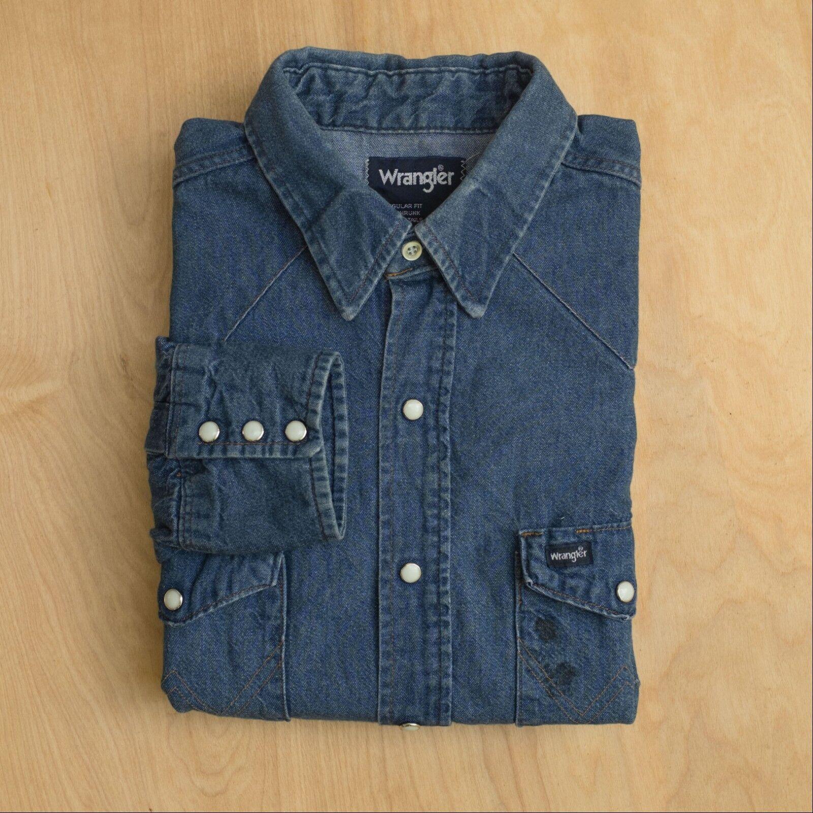 Vtg usa made Wrangler Denim Western Pearl Snap Shirt bluee size L
