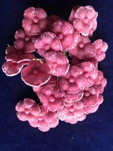 Vintage-Millinery-Flower-Pink-Velvet-1-1-2-034-blooms-36p-lot-for-Hat-or-corsage-SZ