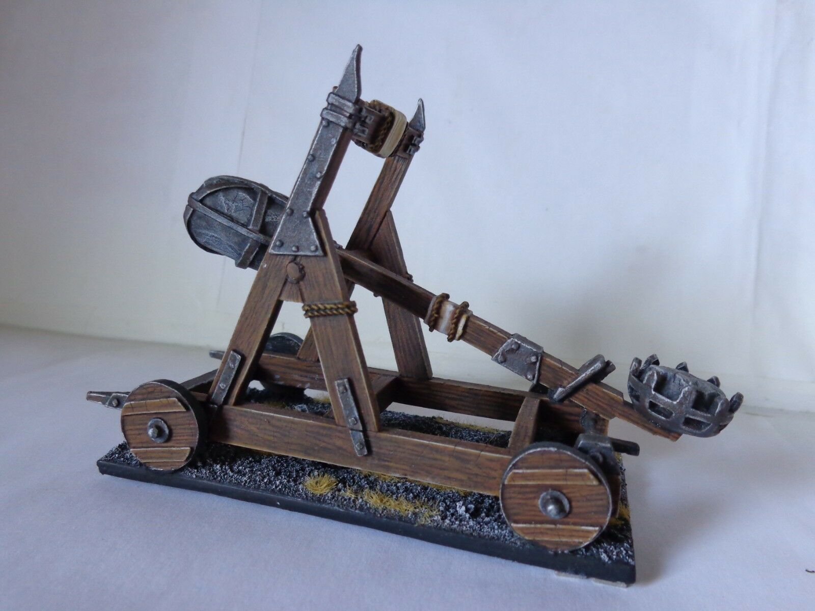 Mordor Catapult Metal Lord of The Rings Well Painted SBG Hobbit Middle Earth