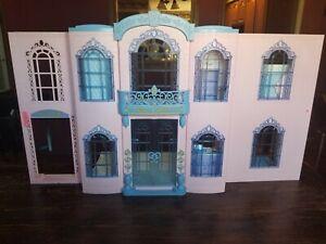 Vintage 2001 Barbie Grand Hotel Ebay